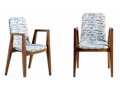 Sillas para comedor tapizadas con reposabrazos en madera