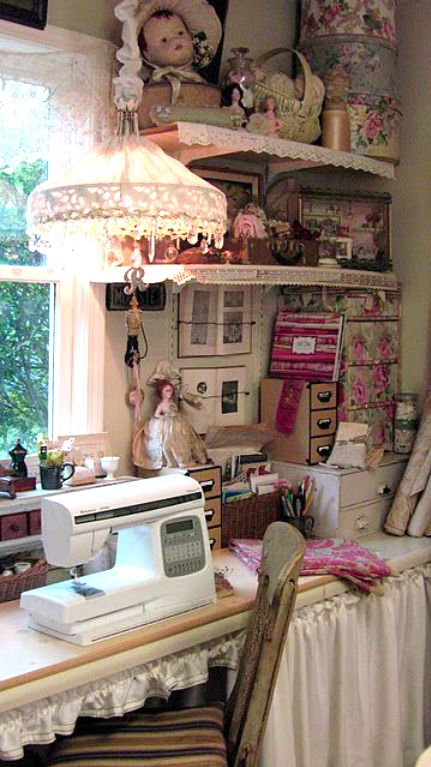 Pin By Liveyourdreams On ƭhe ℂrɑfեer S ℂօեեɑցҽ Dream Craft Room Craft Room Sewing Room Organization
