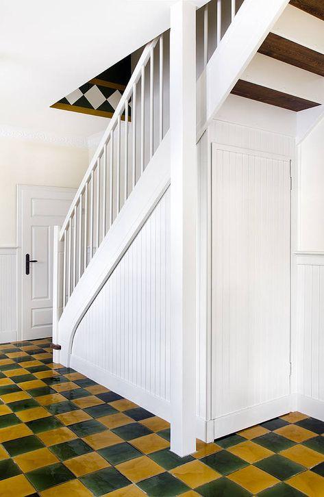 Wand Boden Beadboard De Wandpaneele Bauernhaus Ostfriesland Holzverkleidung Landhauspaneele Treppenlauf Moglich Wandve Haus Wandvertafelung Haus Renovieren