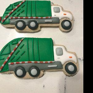 Garbage Truck Centerpiece Set