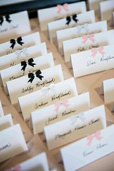 Tischkarten Zur Hochzeit Selber Machen 40 Ideen Fur Platzkarten Zur Hochzeit Platzkarten Hochzeit Hochzeitseinladungen Selbst Gestalten Tischkarten