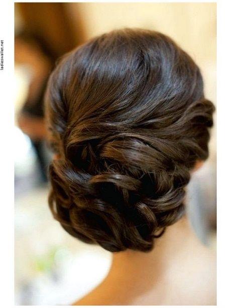 Hochsteckfrisuren Mittellanges Haar Mit Pony Hhj Esküvői