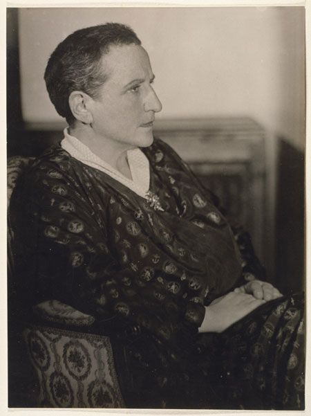 Top quotes by Gertrude Stein-https://s-media-cache-ak0.pinimg.com/474x/8c/b8/98/8cb89856f9b020f8d49bf34e1db83dfe.jpg