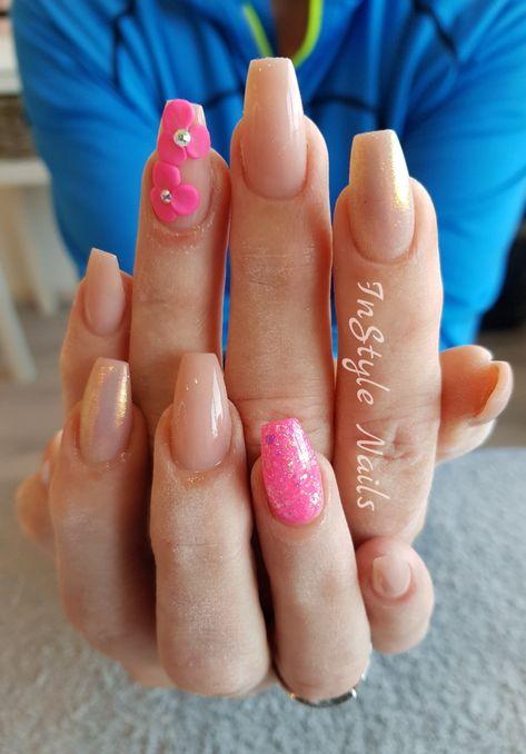 Nude and pink nails | Nails Nails Nails!!! | Pinterest | Pink nails ...
