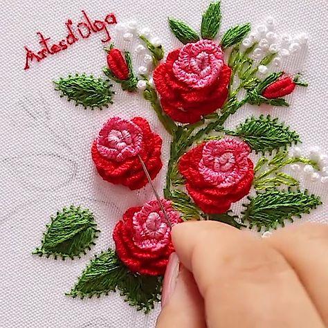 En este tutorial te muestro cómo bordar un bouquet de rosas en puntada cast-on. #artesdeolga #artesdolga #bordado #bordados #manualidades #videos #diy #crafts #embroidery #handicrafts