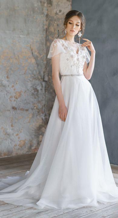 Lace Wedding Dress In 2020 Wedding Dresses Wedding Dresses Lace Etsy Wedding Dress