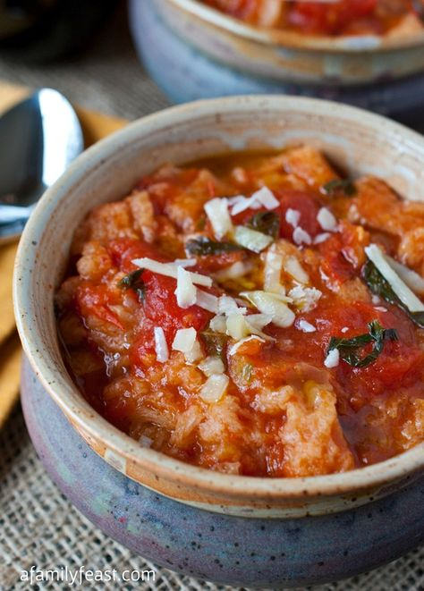 Pappa al Pomodoro (Bread and Tomato Soup) - A simple, Tuscan soup that is pure and delicious comfort food with fresh and fantastic tomato flavor!