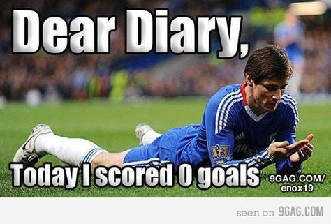 Fernando Torres: Chelsea Strikers 15 Funniest Memes - Funny Sports - - Football joke This is so funny I can really relate. The post Fernando Torres: Chelsea Strikers 15 Funniest Memes appeared first on Gag Dad. Funny Shit, Funny Jokes, Hilarious, Funniest Memes, Funny Football Memes, Funny Sports Memes, Soccer Humor, Soccer Stuff, Play Soccer