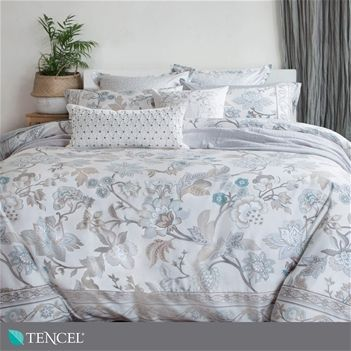Carlingdale Designer Bedding Villaflora Collection Traditional Bed Bed Design Luxury Linen