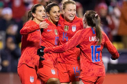 U S Women S Soccer Team Granted Class Status In Equal Pay Lawsuit Women S Soccer Team Womens Soccer Article Of The Week