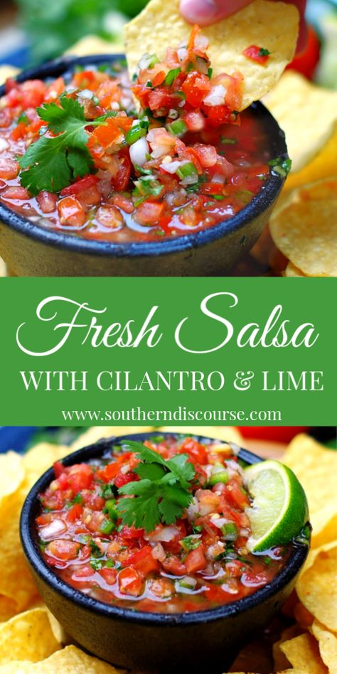 No blender needed! Fresh tomatoes, cilantro lime create a bright, quick salsa! Best Salsa Recipe, Tomato Salsa Recipe, Fresh Tomato Recipes, Fresh Tomato Salsa, Best Homemade Salsa Recipe Fresh Tomatoes, No Cook Salsa Recipe, Salsa Recipe With Vinegar, Homemade Salsa Recipes, Best Tomatoes For Salsa