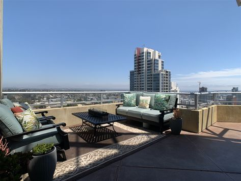 For Sale In San Diego Ca 92101 Check Out This 2 Bedroom 2 5 Bath Listing At 801 Ash California Real Estate San Diego Real Estate San Diego Houses