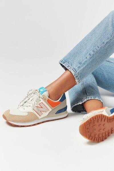 Desempacando realce jugo  New Balance 574 Moon Lantern Sneaker | Urban Outfitters | Sneakers fashion,  Womens sneakers, Athletic women fashion