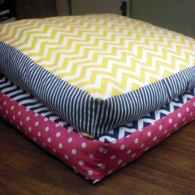 Giant Floor Pillows DIY. (Dog beds)