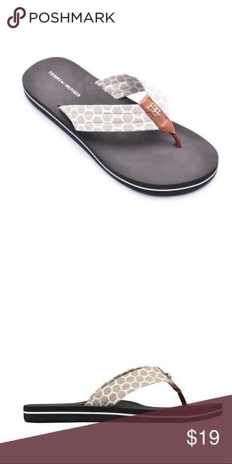 Tommy Hilfiger Cargo Printed Flip Flop Sandal New With Tags Tommy Hilfiger Shoes Sandals Flip Flop Sandals Tommy Hilfiger Shoes Printed Flip Flops