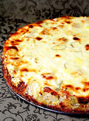 Potato pie with leeks and feta cheese