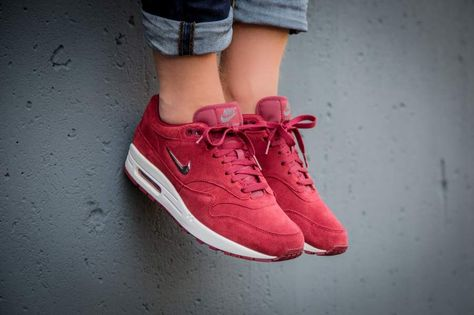 Nike Air Max 1 Jewel Red   918354 600   The Sole Supplier