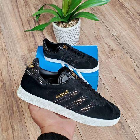 Adidas Originals Gazelle Suede Classic  Womens Size 8 Black Gold SHOP LINK IN BIO  #adidasoriginals #gazelle #classicstyle #3stripes #Womensfootwear #size8 #sneakers #poshmark #shoesforsale #shoestagram #runningshoes #shoestyle #streetstyle #shoesaddict #shoeslover #shoeshop #shoestore #training #Workout #athletic