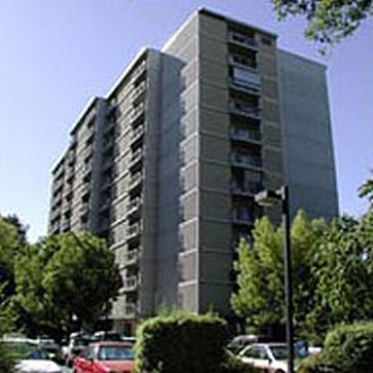 E Of Pioneer Towers Sacramento Low Income Apartments Affordable Apartments Apartment Communities