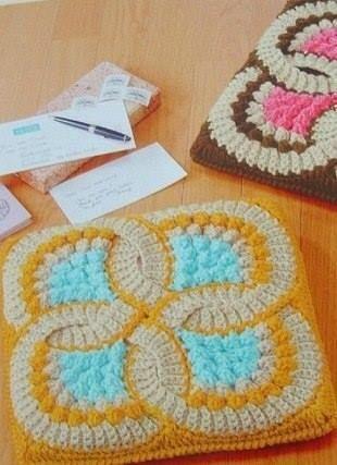 Galette De Chaise 13 Crochet D Amour Couverture Au Crochet Modeles De Crochet Galette De Chaise