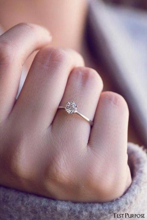 Engagement Ring Rose Gold, Dream Engagement Rings, Vintage Engagement Rings, Diamond Wedding Bands, Vintage Rings, Vintage Diamond, Minimalistic Engagement Ring, Simple Elegant Engagement Rings, Wedding Engagement