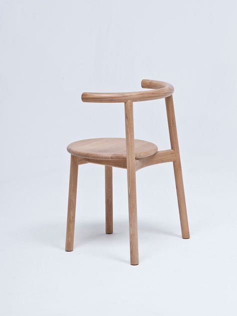Solo Furniture Series By Nitzan Cohen 2 Furniture Chair Shabby Chic Table Chairs