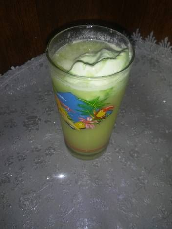 عصير بارد ومنعش وذوقه رائع بالصور من ام فارس وريان Recipe Glassware Tableware Glass