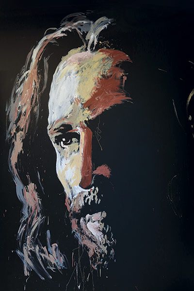 A painting of Jesus by Jared Emerson. I just saw him do this last night at Winter Jam during Newsongs' performance. It was pretty cool :)