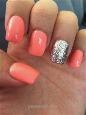 SQUARE ACRYLIC NAILS on The Hunt…