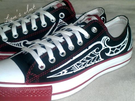 9c1e4959b1810a Custom Polynesian Designed Converse