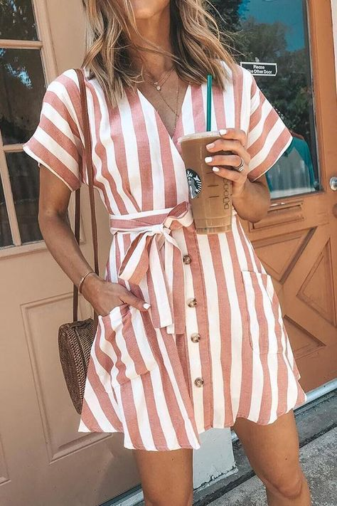 Depway Euramerican Striped Buttons Design – Rotes Minikleid - New Trend Pink Dress Casual, Casual Summer Dresses, Classy Dress, Summer Outfits, Casual Dresses With Sleeves, Party Outfits, Dress Formal, Mini Vestidos, Vestidos Vintage