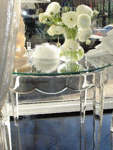 Scallope Edge Lucite Table. Genius! | Fabulous Furniture | Pinterest | Lucite  Table, Lucite Coffee Tables And Scalloped Edge