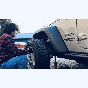 ラングラーのタイヤの取り付け Jeep ラングラー アンリミテッド ラングラーアンリミテッド ラングラー