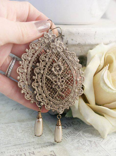 VICTORIAN LACE romantic vintage fantasy inspired antique lace and pearl earrings, free gift box Lace Jewelry, Textile Jewelry, Fabric Jewelry, Jewelry Crafts, Jewelery, Vintage Accessories, Vintage Jewelry, Jewelry Accessories, Handmade Jewelry