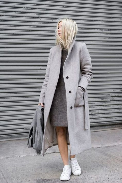 graue mantel outfit wintermode trends frauen mantel lang Source by angelina_klaus