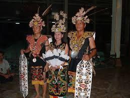 Baju Adat Kalimantan Timur