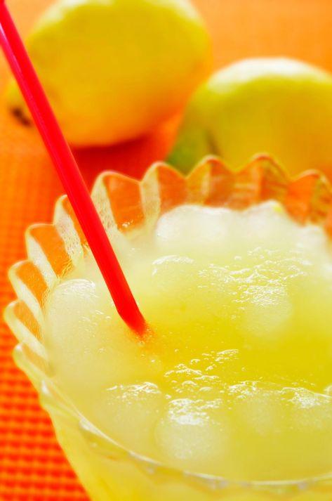 Boisson d'été alcool, simple, slush citron, limona...