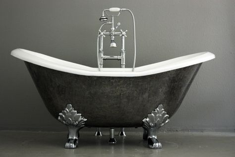 The Stratford 61 Cast Iron Double Slipper Clawfoot Tub With A