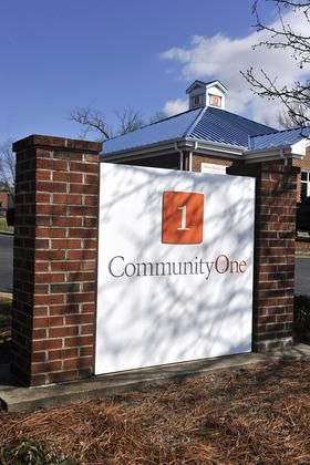 CommunityOne Bank raises $25 million in private stock offering - Charlotte Business Journal