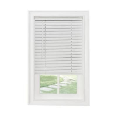 White 1 In Cordless Vinyl Blind 35 In W X 64 In L 92941 The Home Depot Vinyl Blinds Mini Blinds Blinds For Windows