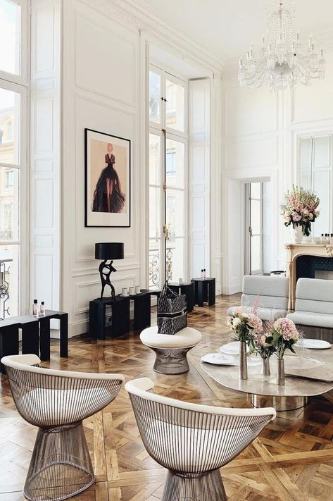 Country Home Interior 59 Parisian Living Rooms to Make You Swoon.Country Home Interior 59 Parisian Living Rooms to Make You Swoon Upper West Side, French Interior Design, Contemporary Interior, Interior Styling, Modern French Interiors, Simple Interior, Interior Concept, Studio Interior, Classic Interior