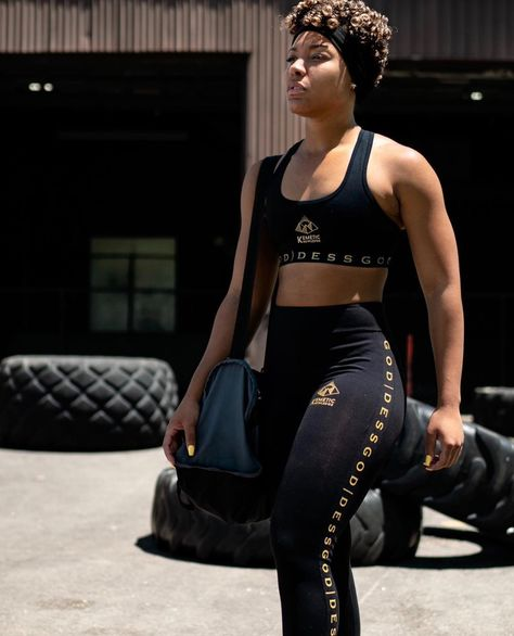 Black Owned Fitness / Athletic Apparel High Quality . Supportive . Sweat Absorbing.  Made For A Goddess. Black Girl Fashion, 80s Fashion, Fashion Tips, Fit Black Women, Fit Women, Britney Spears Body, Pretty Dreads, Dope Swag Outfits, Cute Couple Shirts