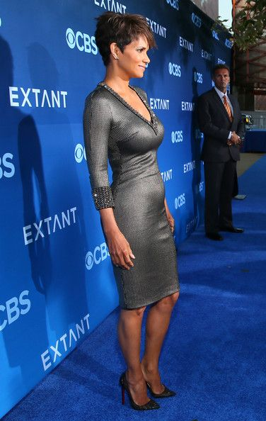 Halle Berry Photos - Actress Halle Berry attends Premiere Of CBS Films' 'Extant' at California Science Center on June 16, 2014 in Los Angeles, California. - 'Extant' Premieres in LA — Part 2
