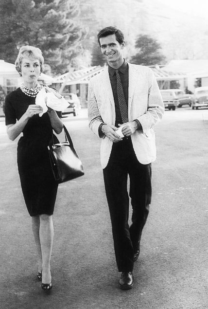 Janet Leigh and Anthony Perkins before the filming of Psycho. 1959