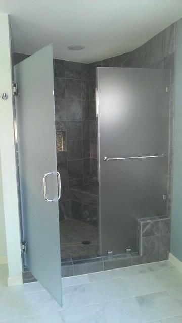 Frosted Shower Doors Frosted Glass Shower Door With Slate Gray Tile Modern Bathroom Bathroom Shower Doors Frosted Shower Doors Shower Doors