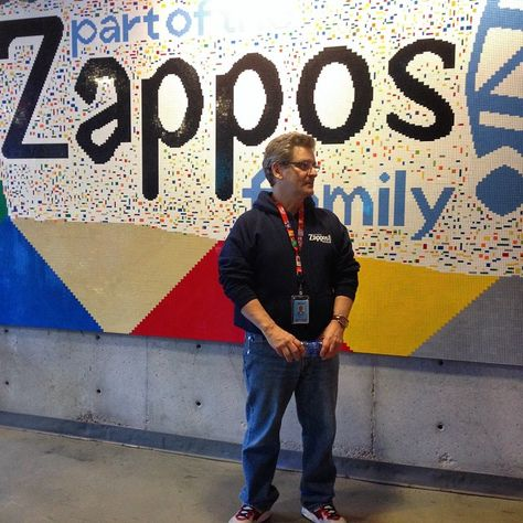Zappos corporate culture feature #1: Happiness for the employees