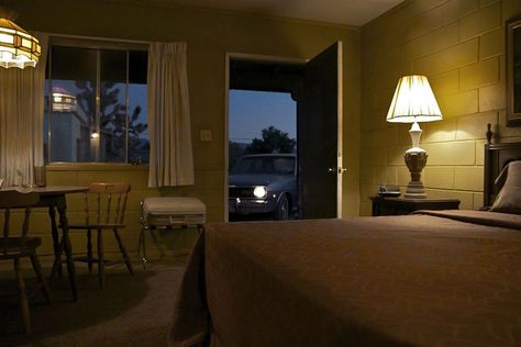 motel-register: The Four Aces movie location is. Stephen Shore, Edward Hopper, Le Vent Se Leve, My Own Private Idaho, Motel Room, Bates Motel, Story Inspiration, Land Scape, Decoration