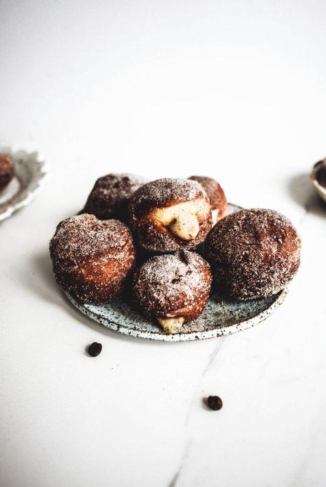 White Chocolate and Tiramisu Doughnuts - http://mamasitta.com/white-chocolate-and-tiramisu-doughnuts/