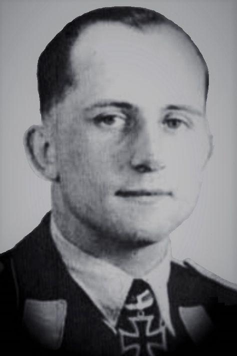 Hauptmann Werner Thierfelder 1915 1944 Ritterkreuz 10 10 1941 Als Oberleutnant Und Staffelkapitan In Der Ii Zerstorergeschwader 26 H Luftwaffe History Ace