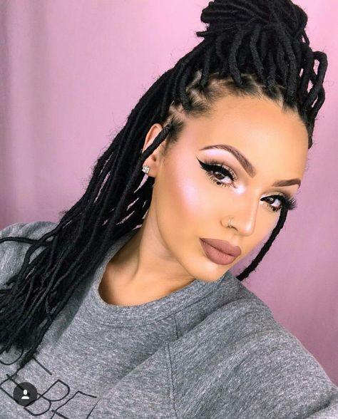 Faux Locs Goddess Crochet Hair curly ends Dreadlock Braids Short Blonde Ombre Color. #fauxlocs #goddesslocs #curlyhair #dreadlock #crochethair #crochetbraids